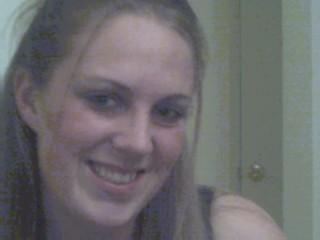 Elise pour plan cul webcam avec branlette